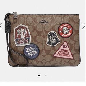 Star Wars X Coach Gallery Pouch Canvas W/ Patches